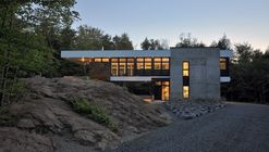 Shelter on a Rock / ESPACE VITAL architecture
