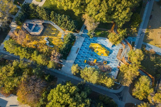 Activation of Citizens'Leisure Lifestyle_Playground in the woods. Image © Shuang Pan