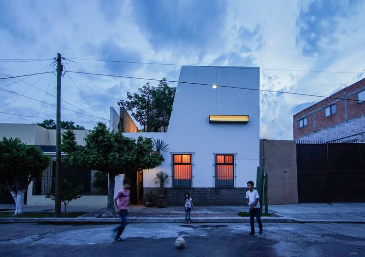 casa ceiba / Jorge Ramirez, © Paulina Ojeda / contra taller de diseño