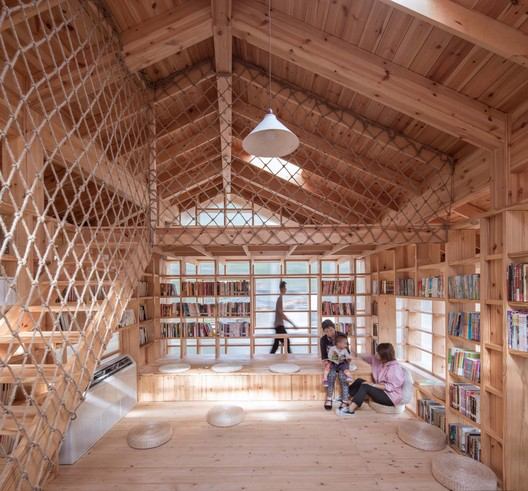 Multiple states of children's reading space . Image © Yilong Zhao