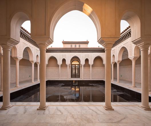 Islamic yard. Image © Jinrong Huang