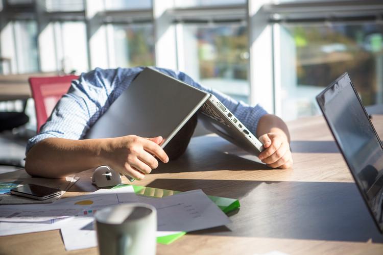 10 coisas para se fazer após o cansaço das entregas finais, Lipik Stock Media via Shutterstock