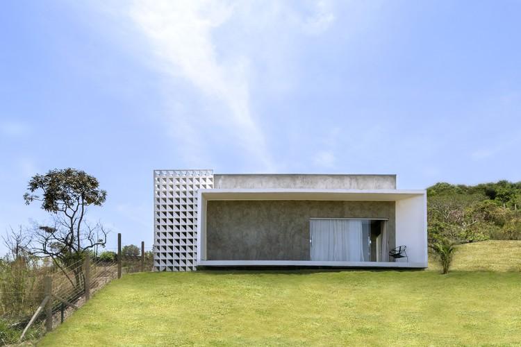 Casa BV / Traama Arquitetura, © Edgard César