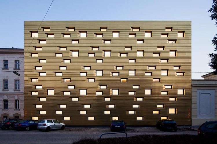 Copper Facades: Architecture's Original Bling, © Thomas Ott