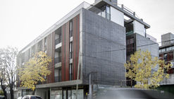 Edificio 21 #1324 / Gianserra + Lima arquitectos