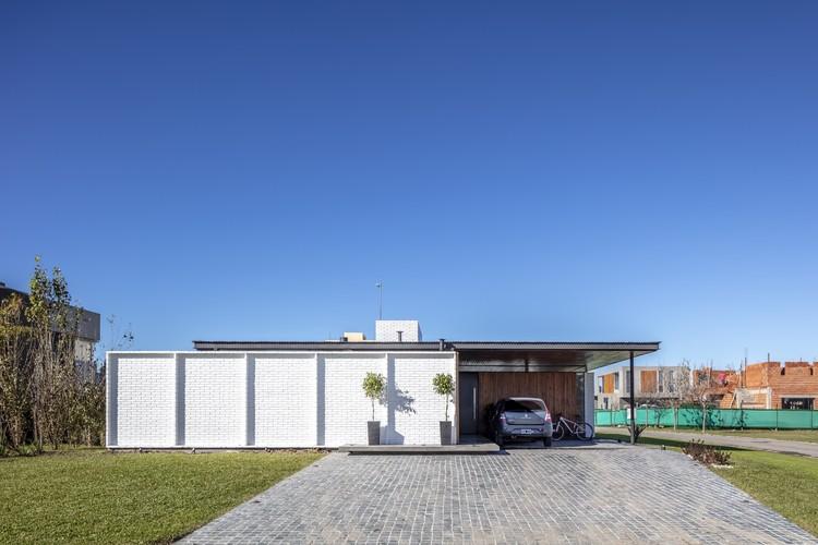 Casa Naranjos / Fabrizio Pugliese, © Federico Kulekdjian
