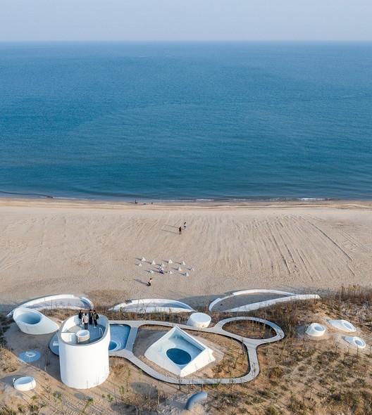 Aerial View. Image © Qingshan Wu