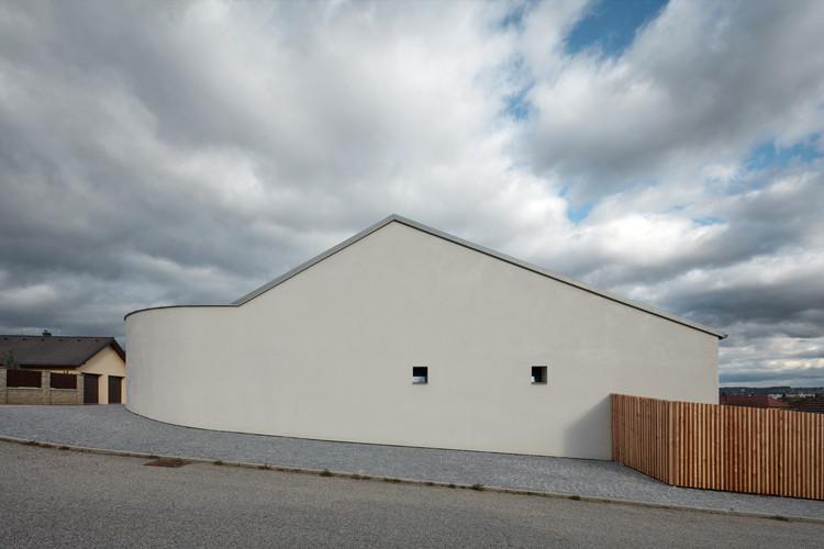 Family House in Litvínovice  / Atelier 111 Architekti, © Jakub Skokan, Martin Tůma / BoysPlayNice