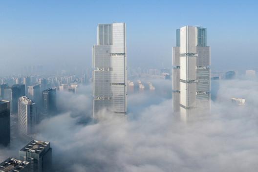 Zhengzhou Twin Towers / gmp Architects. Image © ZMG China