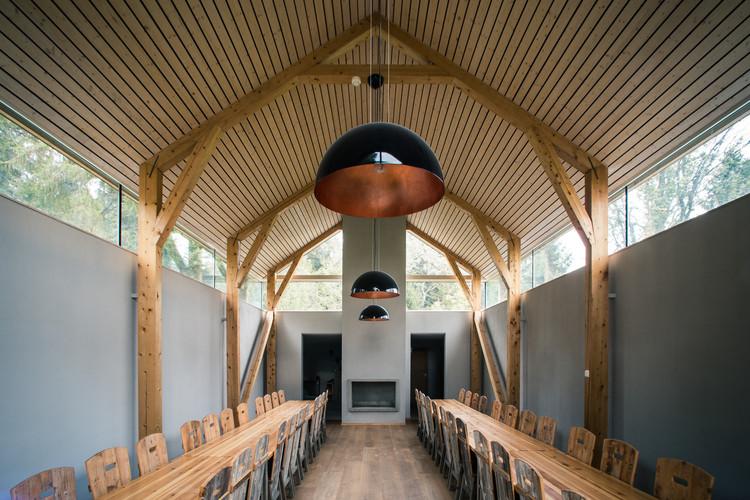 Ferstad Farm Distillery / Bergersen Arkitekter, © Kjetil Nordø