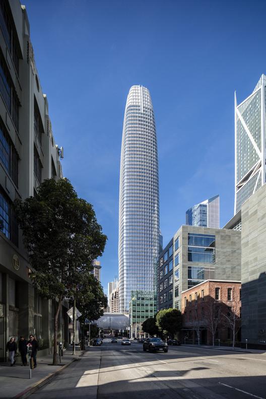 Salesforce Tower / Pelli Clarke Pelli. Image © Tim Griffith