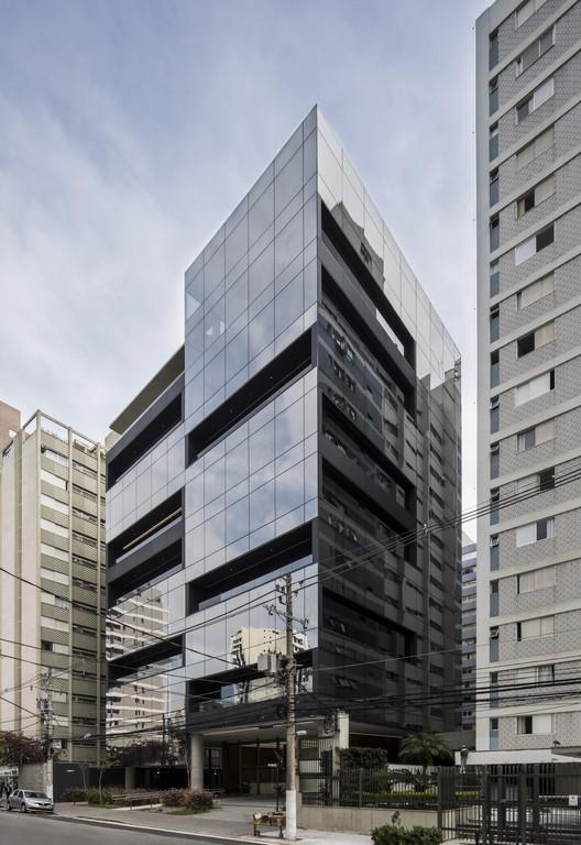 Lorena Offices / aflalo/gasperini arquitetos, © Maira Acayaba
