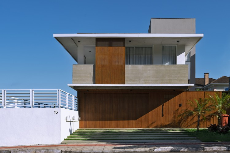 Casa SW / Desterro Arquitetos, © Ronaldo Azambuja