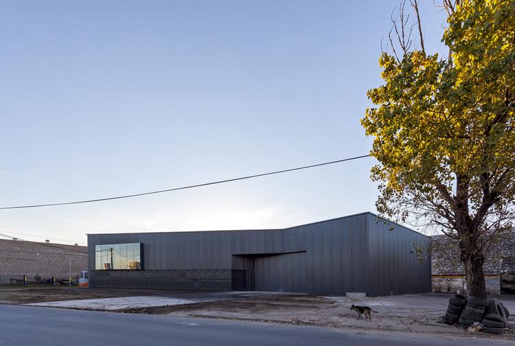Centro de Logística Insumos Gráficos / Federico Marinaro Arquitecto, © Walter Gustavo Salcedo