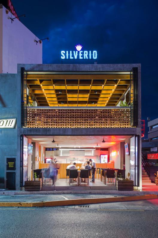 Ah bárbaro Taquería + Silverio Mezcal Bar / TAFF Arquitectos. Image © Wacho Espinosa