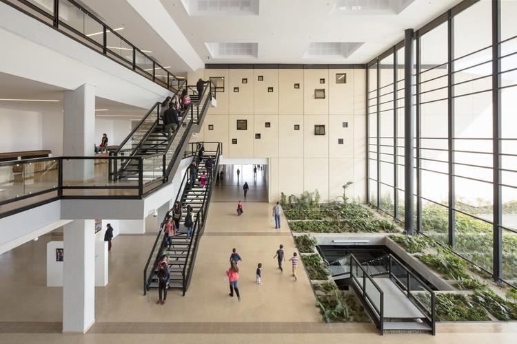 Centro Cultural y de Convenciones de Cajicá / Konrad Brunner Arquitectos, © Enrique Guzmán
