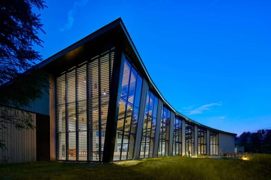 Unitarian Universalist Society / Neumann Monson Architects