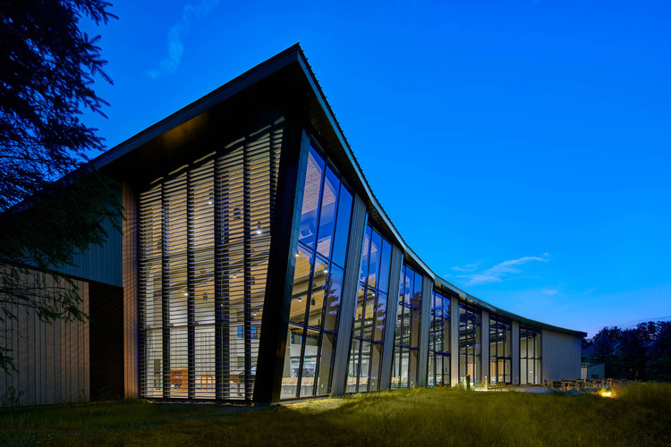 Unitarian Universalist Society / Neumann Monson Architects, © Integrated Studio