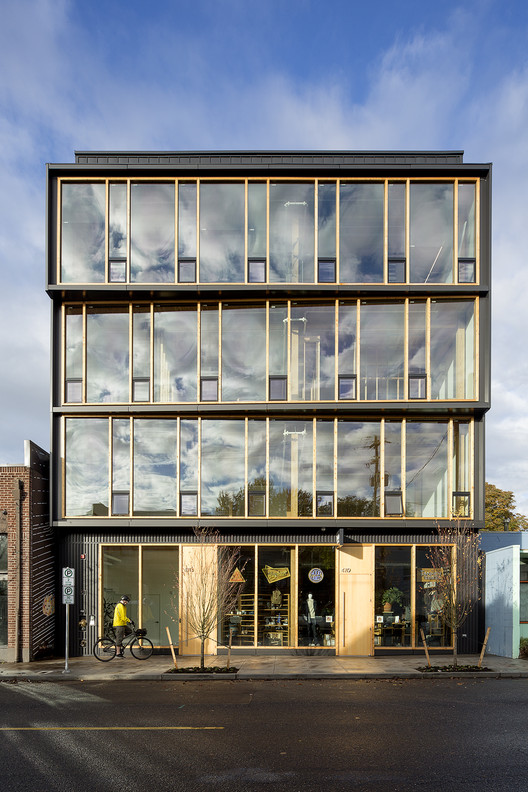 Albina Yard / LEVER Architecture, © Jeremy Bittermann