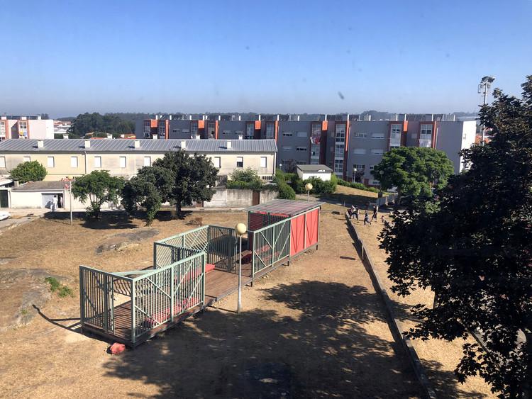 Nicht nur ein Spielhaus / COLOR Architekten + Ivo Poças Martins + Dulcinea dos Santos Neves, © COR arquitectos