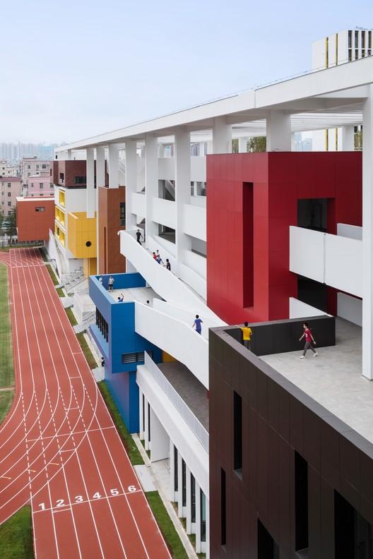 Social corridor. Image © Schran Image