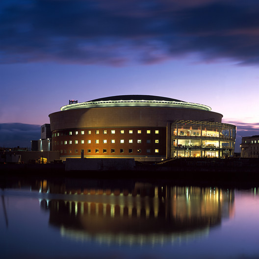 The 1996 Waterfront Hall by Robinson McIllwaine represented the growing optimism of a new era. Image Courtesy of Robinson McIllwaine Architects