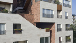 210 Residential Apartment / Negin Shahr Ayandeh