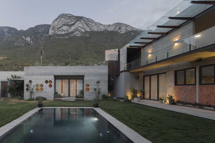 Casa Desierto / Agustín Landa + Mónica Suberville, © Onnis Luque