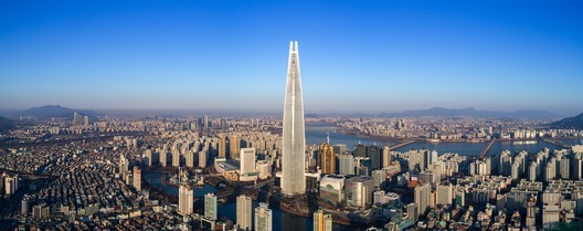 1: Lotte World Tower / Kohn Pedersen Fox Associates with Baum Architects. Image © Tim Griffith