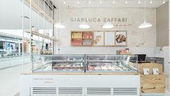Gelateria Gianluca Zaffari / SK Arquitetura