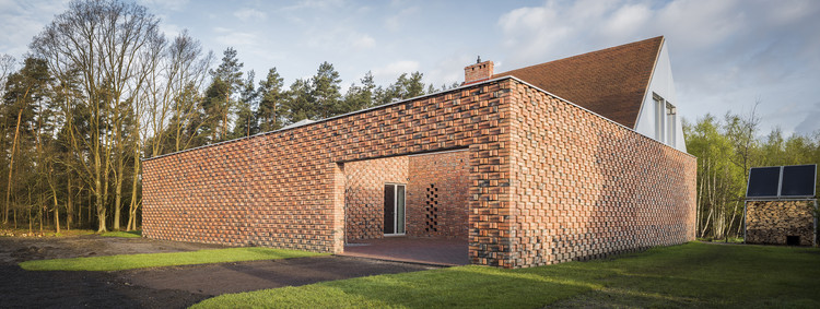 Red House Biuro Toprojekt Archdaily