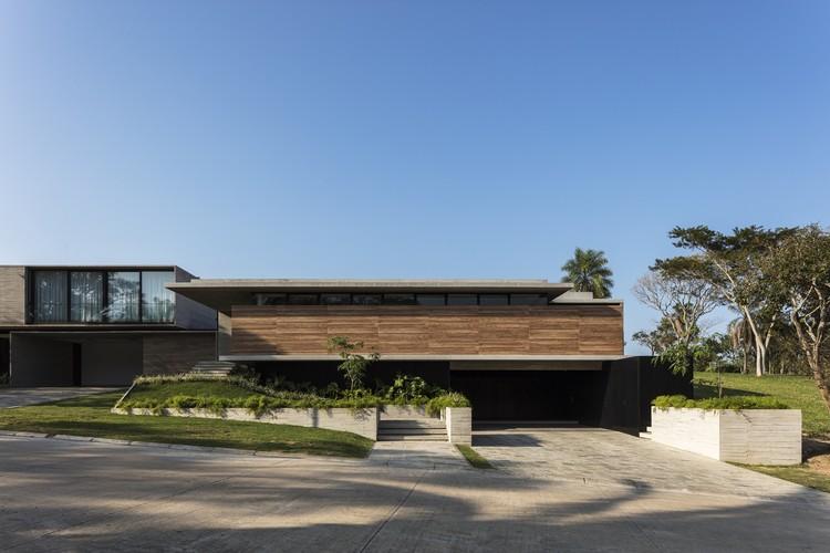 casa PP / sommet, © Leonardo Finotti