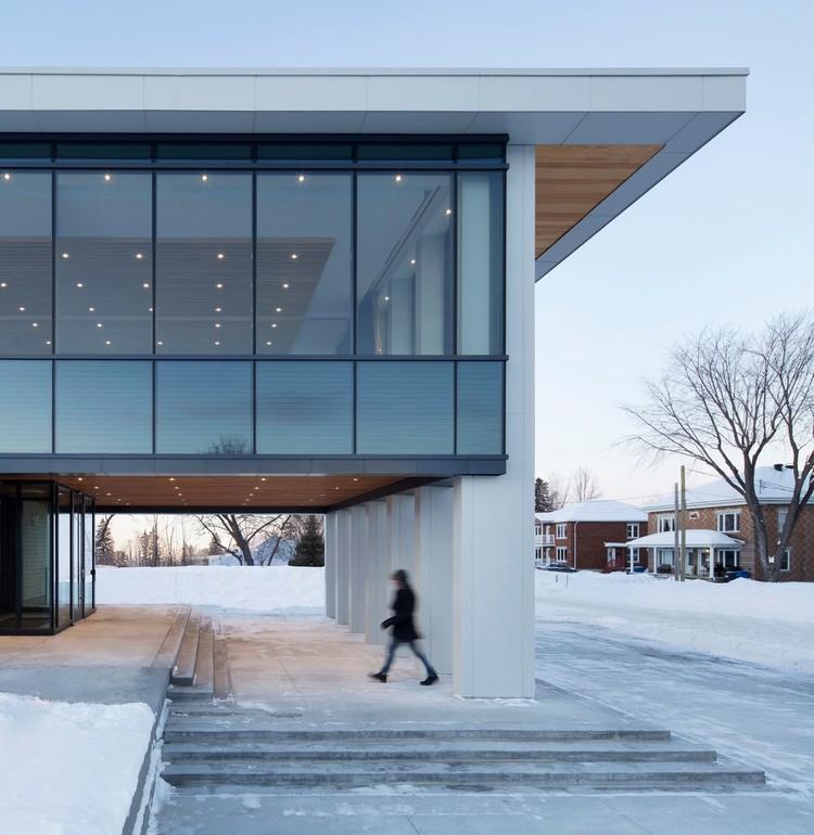 Rigaud City Hall / Affleck de la Riva architects, © Adrien Williams