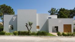 House in Troia / Miguel Marcelino