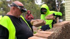 Assim é construída uma parede de tijolos utilizando realidade aumentada