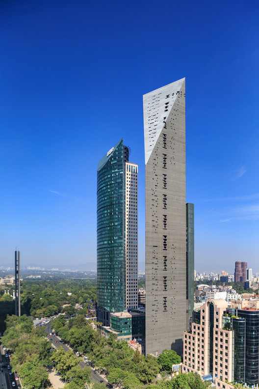 Behind the Scenes at the 2018 International Highrise Award, Torre Reforma, Mexico City. Image
