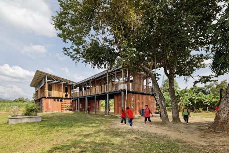 Etania Green School / billionBricks, © Fernando Gomulya