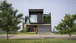 PJ House / Rakta Studio