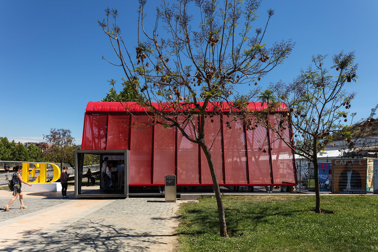 Pabellón Rojo / Sarovic Plaut Arquitectos, © Leonardo Finotti
