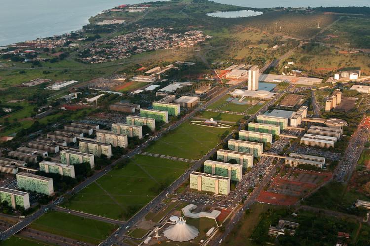 Plataforma online mostra a cronologia do urbanismo no Brasil e no mundo a partir do século XIX, Brasília, DF. Image © Joana França