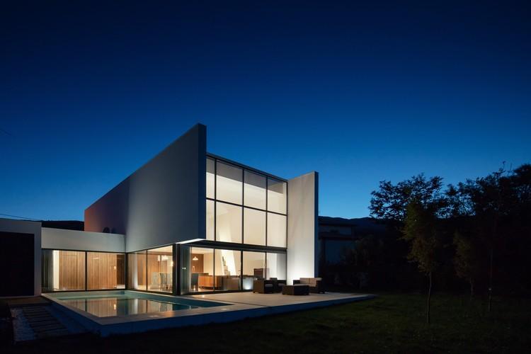Gafarim House / Tiago do Vale Arquitectos, © João Morgado