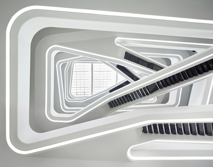 Why Do Architects Still Struggle with Disability Requirements? , © Hufton + Crow. ImageStaircases such as this one, in ZHA's Dominion Office Building, are beautiful design elements but can pose challenges to those with limited mobility.
