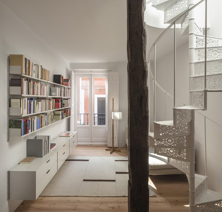 Ana Apartment / Francesc Rifé Studio, © David Zarzoso