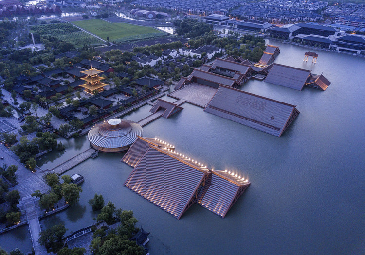 Shanghai Songjiang Guangfulin Site Cultural Exhibition Hall / CCDI, © WDI Photography