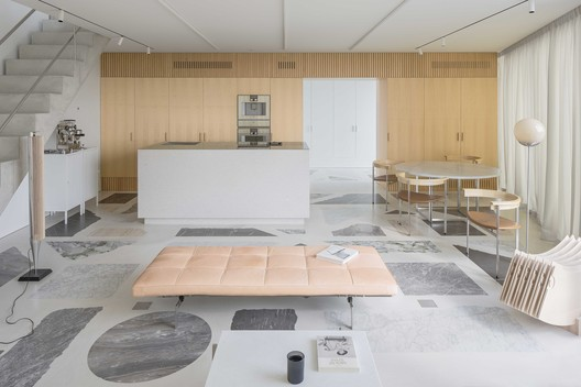 The Apartment / DO Architects