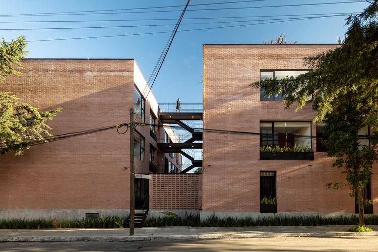 dn65 / Arquitectura Sistémica, © Onnis Luque