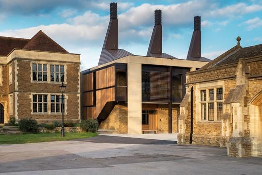 Charterhouse Science & Mathematics Centre / Design Engine Architects