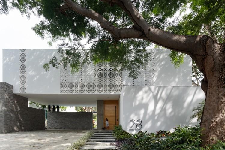 Residência La Blanca / Di Frenna Arquitectos, © Lorena Darquea