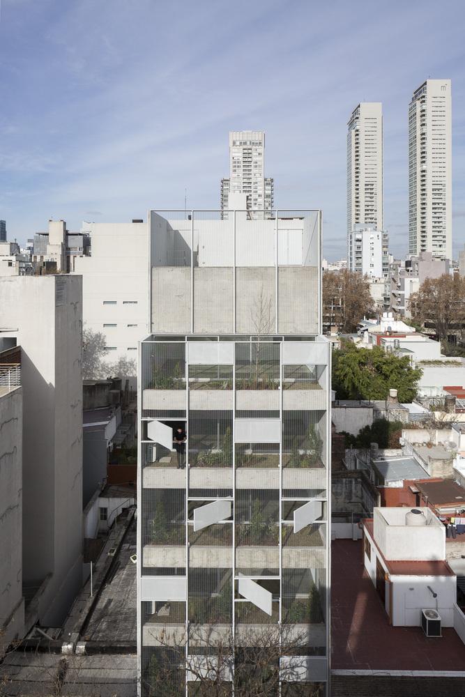 Edificio Bonpland / Adamo Faiden