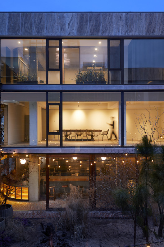Moss Garden / studioVASE